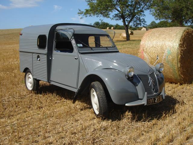 voitures 2 cv camionette. Black Bedroom Furniture Sets. Home Design Ideas