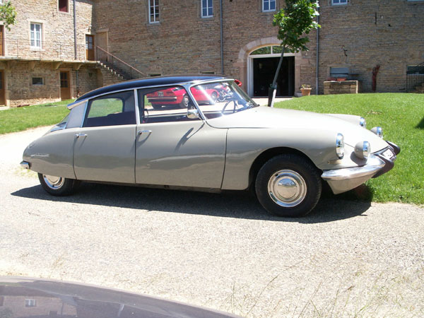 DS 19 confort 1967